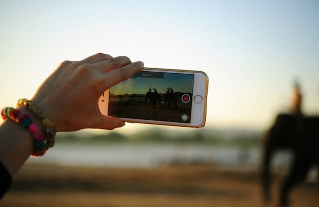Vlogging-From-Bootstrapped-to-Pro