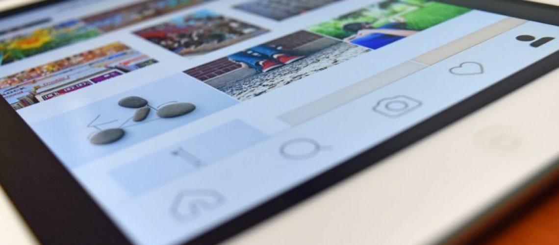 apple-close-up-device